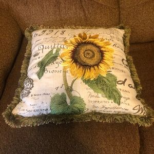 Pier one sunflower pillow cover with pillow inside